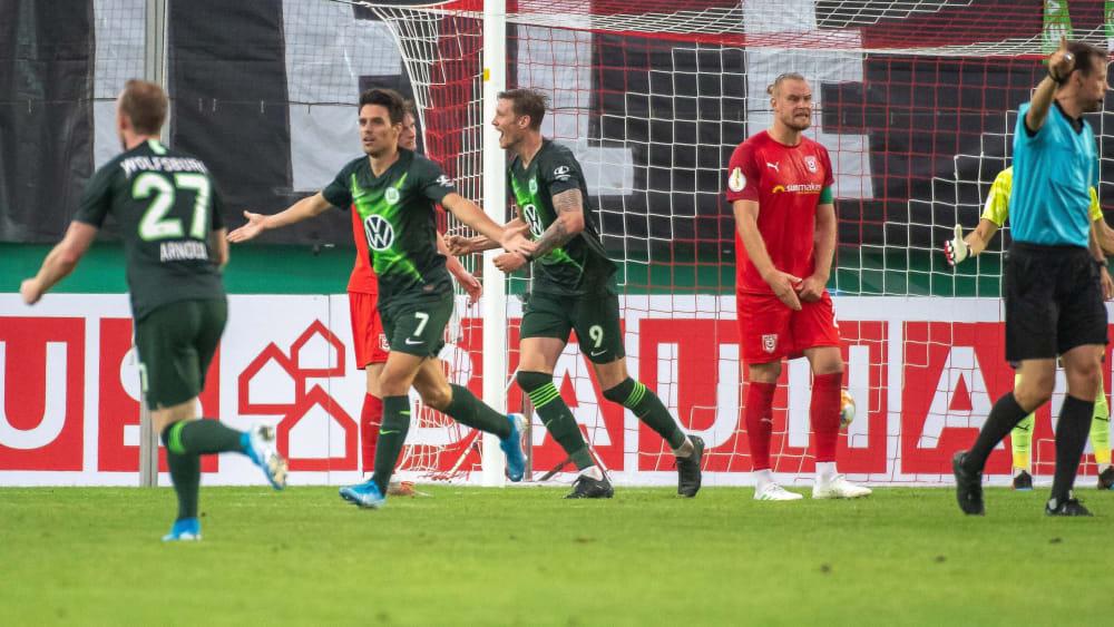 In der Verlängerung drehte Wolfsburg mit zwei schnellen Toren auf.
