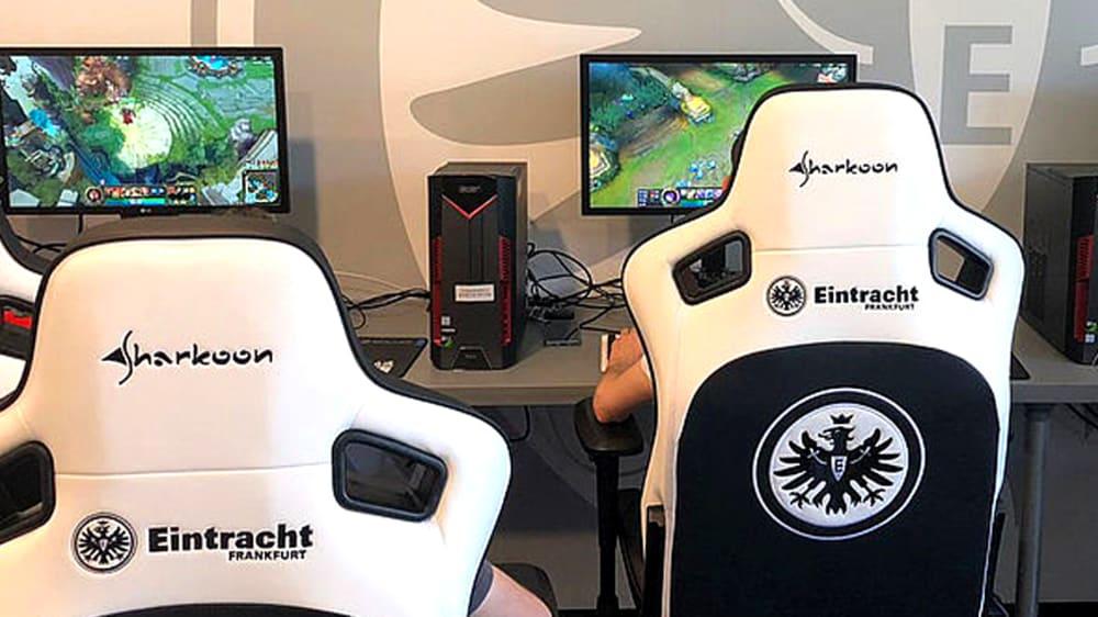 Bei Eintracht Frankfurt wird auch League of Legends gespielt.