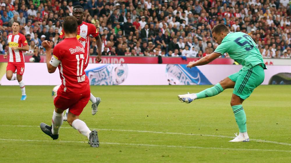 Maß genommen: 100-Millionen-Mann Eden Hazard schoss Real Madrid gegen RB Salzburg zum Sieg.