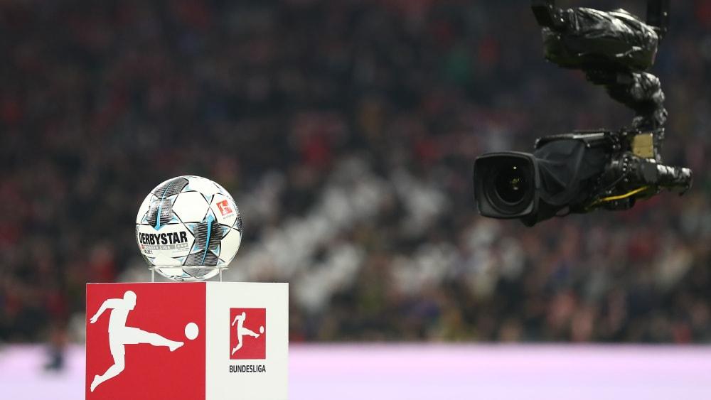 Die TV-Vermarktung der Bundesliga spült etliche Millionen in die Kassen aller Profiklubs.