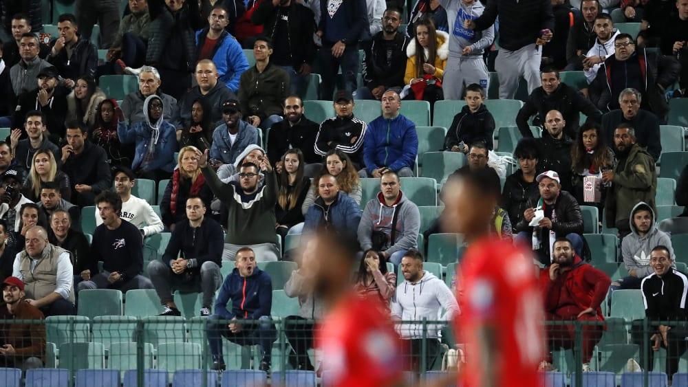 Ein Spiel, dessen Umstände hohe Wellen schlugen: Bulgarien gegen England am 14. Oktober.