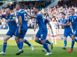 Doppelter Sigurdsson köpft Island zum Sieg