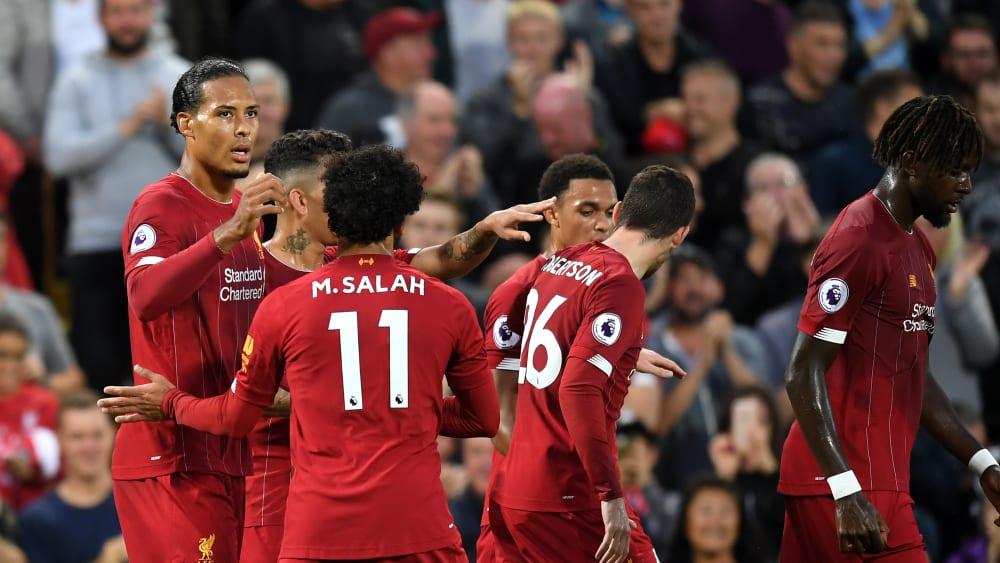 Auf Betriebstemperatur: Virgil van Dijk, Mohamed Salah und Co. ließen im ersten Durchgang die Muskeln spielen.
