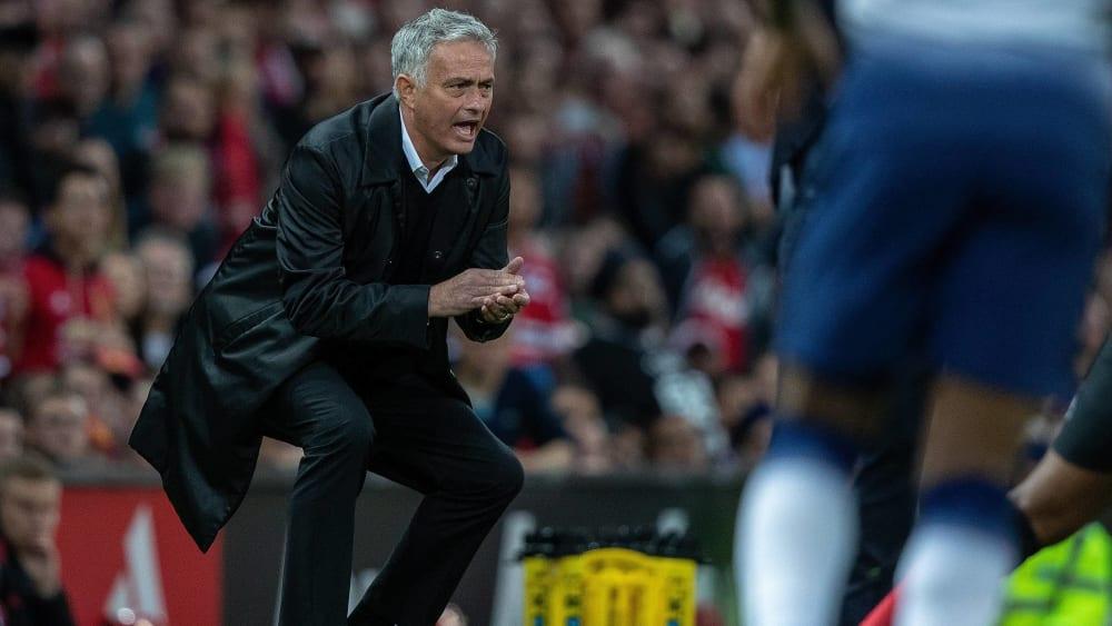 José Mourinho, hier 2018 als Manchester-United-Trainer bei einem Spiel gegen Tottenham