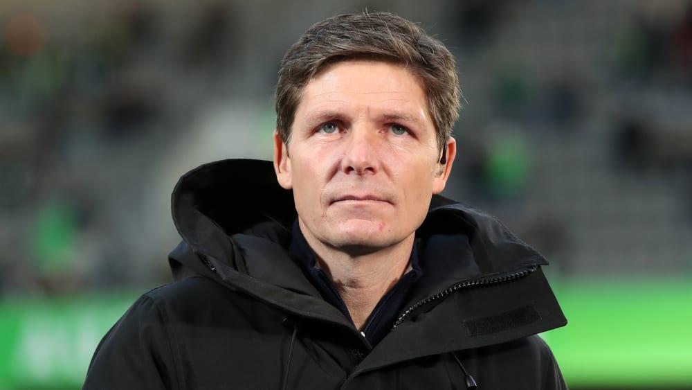 Wolfsburgs Trainer Oliver Glasner ist zufrieden