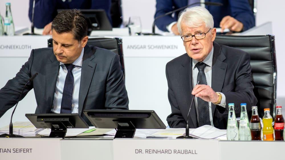 Christian Seifert und Reinhard Rauball am Mittwoch in Berlin
