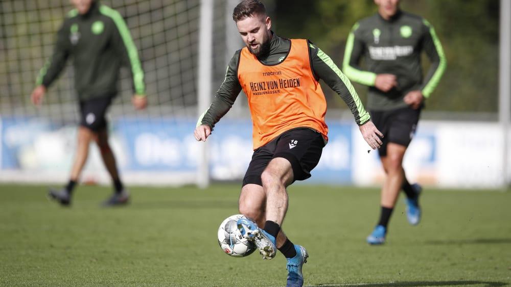 """Stammspieler Stendera? """"Außer Messi und Ronaldo gibt es keine"""" - Hannover will erstmals zuhause gewinnen"""