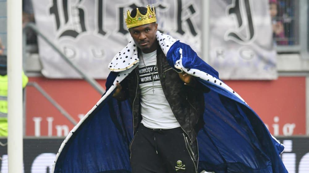 Kingsley Onuegbu bei seiner Verabschiedung vom MSV Duisburg 2018