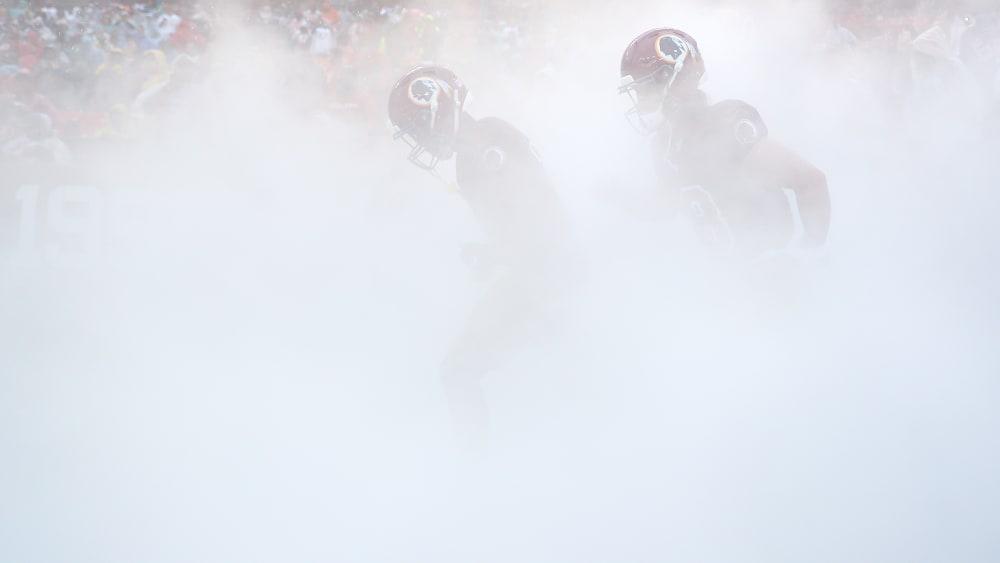 professioneller Verkauf verrückter Preis attraktiver Stil Wasser, Matsch und Rutschpartien: Kuriose Bilder aus der NFL ...