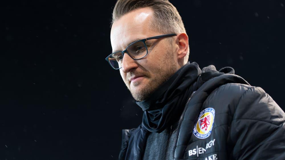 Braunschweig beurlaubt Trainer Flüthmann - Reaktion auf den Leistungseinbruch bei der Eintracht