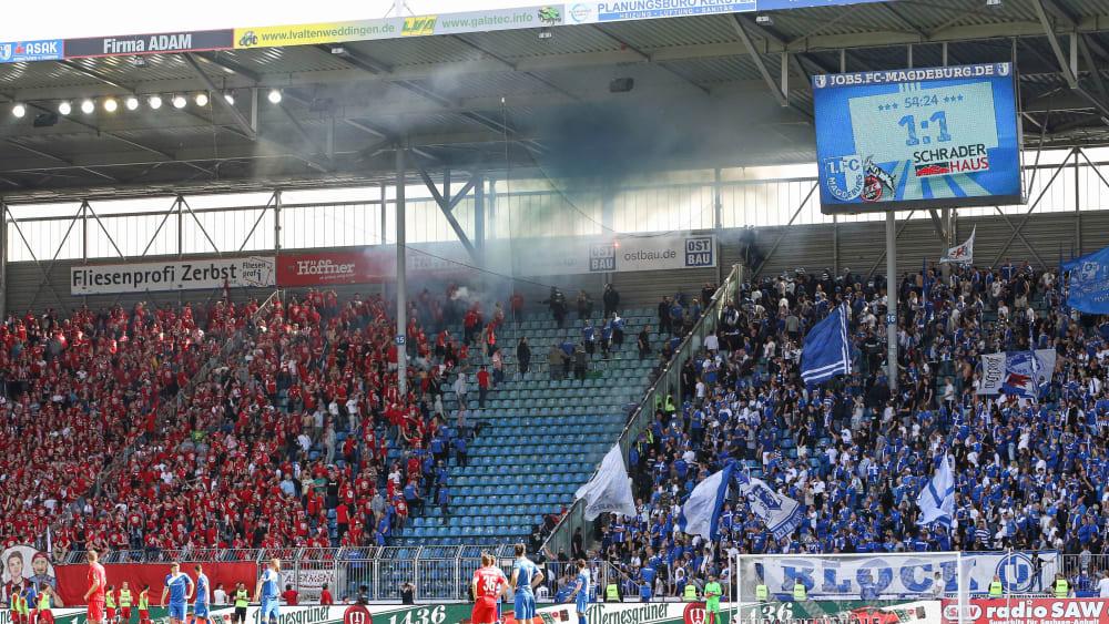 Kölner Fans gegen Magdeburger Anhänger