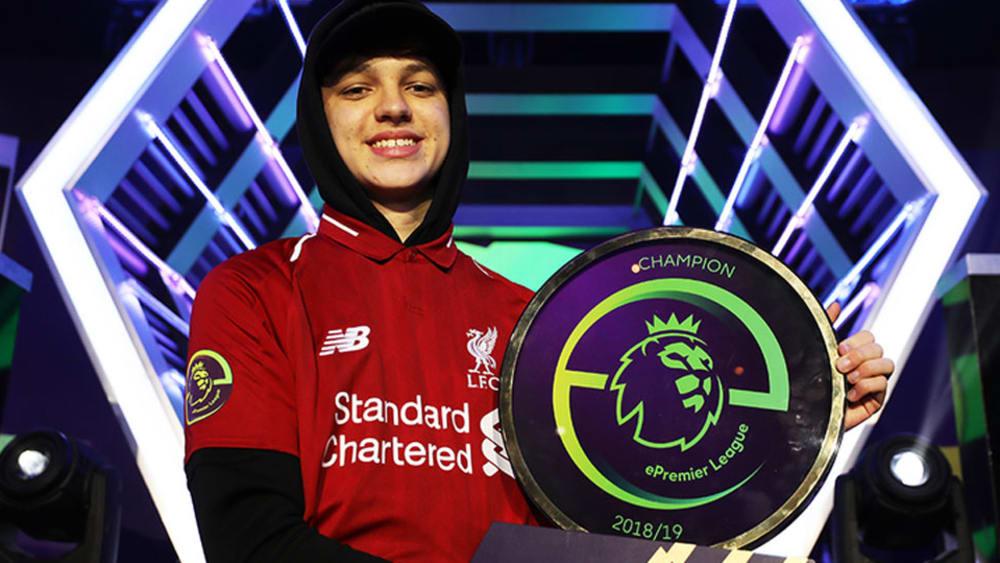 Donovan 'Tekkz' Hunt gewann die erste ePL Meisterschaft im Trikot vom FC Liverpool. Dieses Jahr bekommt der Meister sogar ein Preisgeld.