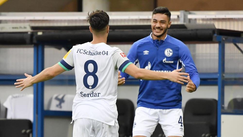"""Serdar: """"Sind alle gegen Krieg, auch Ozan"""" - Schalkes Neu-Nationalspieler nimmt Kabak in Schutz"""