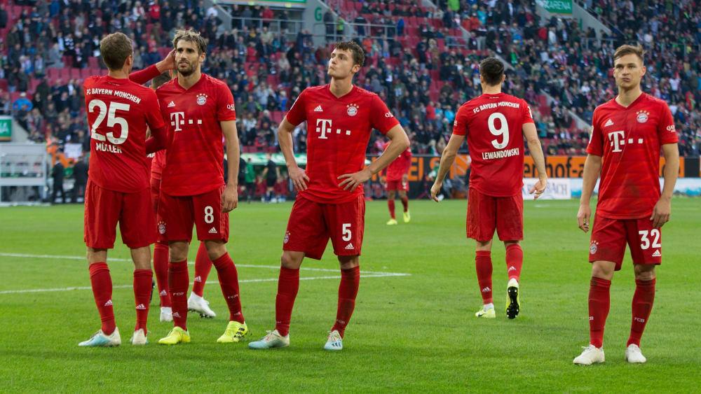 Die Bayern rätseln über das 2:2 in Augsburg - und weisen parallelen zumheißen Herbst 2018 auf.