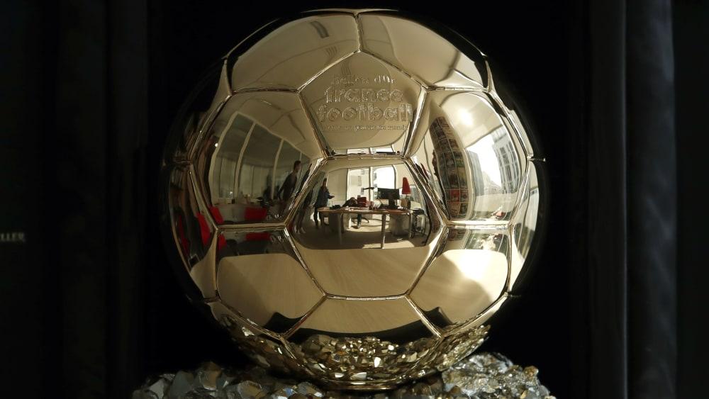Begehrte Trophäe: So sieht der Ballon d'Or aus.