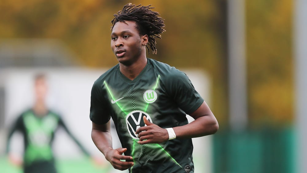 Glasner nimmt drei Youngster mit - Wolfsburger Trainingslager in Portugal
