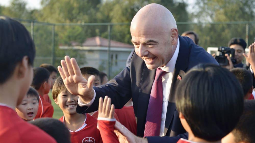 Bevor er das Spiel besuchte: FIFA-Präsident Gianni Infantino.