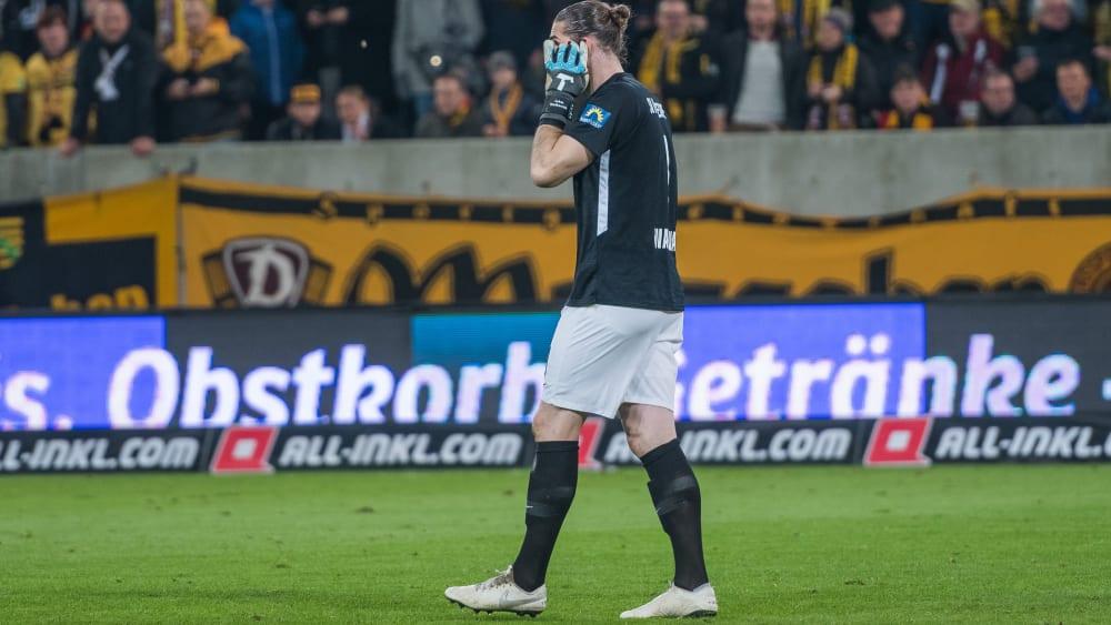 Böller und Pyro: 21.200 Euro Strafe für Dresden - Wiesbadens Keeper musste sogar behandelt werden