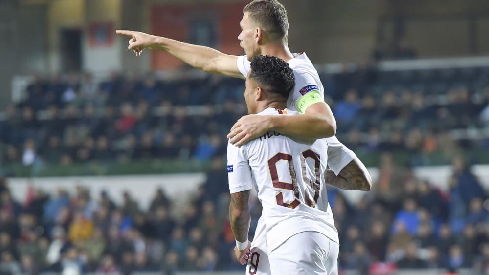 Edin Dzeko und Justin Kluivert haben für die Roma in der Europa League getroffen.