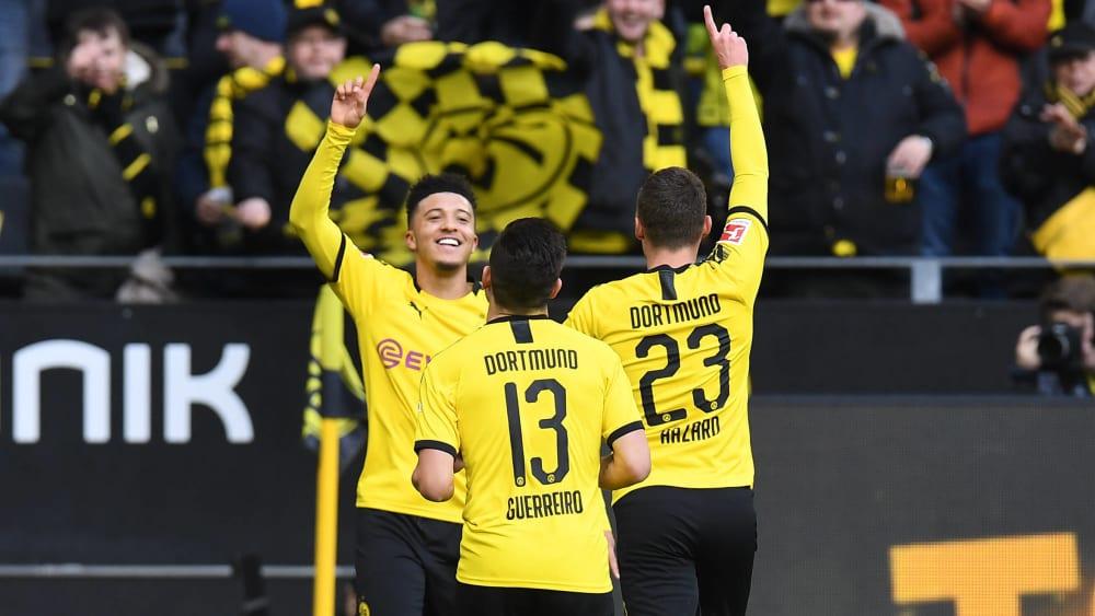 Jadon Sancho (li.) brachte Dortmund in Führung.