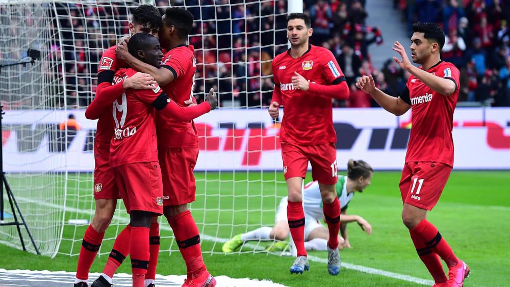 Umjubelter Torschütze: Moussa Diaby (#19) freut sich über das 1:0.
