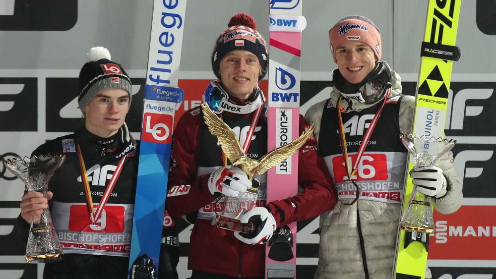 Marius Lindvik, Dawid Kubacki und Karl Geiger