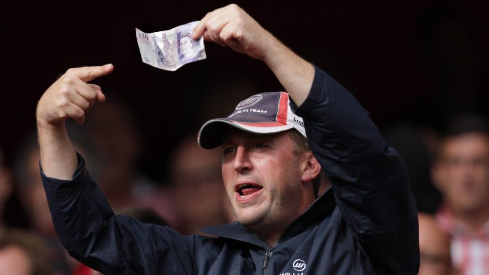 Mehr Zeit zum Geld ausgeben: Die Premier-League-Klubs rudern in Sachen Transferfenster zurück.