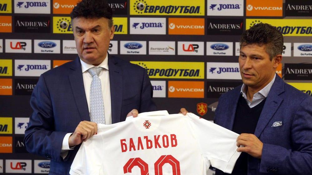 Bulgariens Fußball-Verbandschef Borislav Mihaylov (li.), hier bei der Vorstellung von Nationaltrainer Krassimir Balakov.