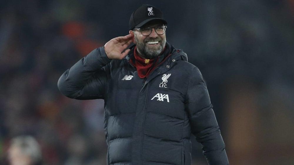 Jürgen Klopp hörte genau, was die Fans nach dem 2:0 gegen ManUnited sangen - stimmte aber nicht mit ein.