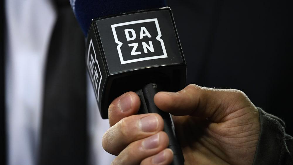 DAZN zeigt zur neuen Saison erstmals Bundesliga-Spiele live.