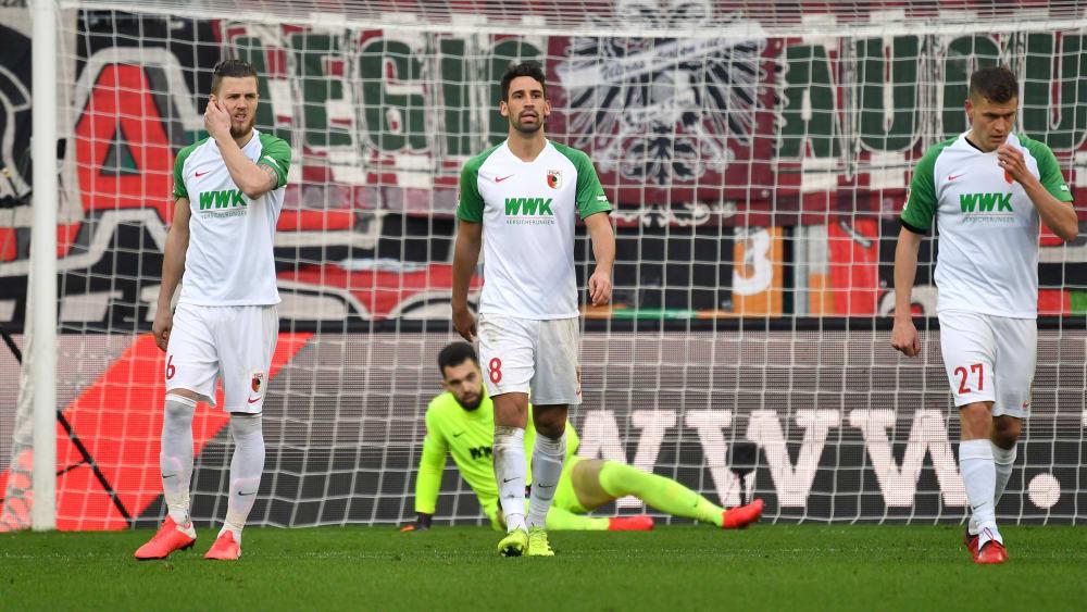 Augsburgs Keeper Tomas Koubek