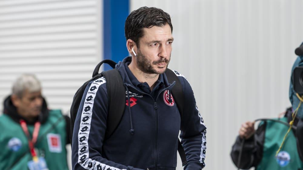 """Schwarz will sich """"nicht grundlegend verändern"""" - Mainz: Trainer nach Sperre gegen Düsseldorf wieder an der Linie"""