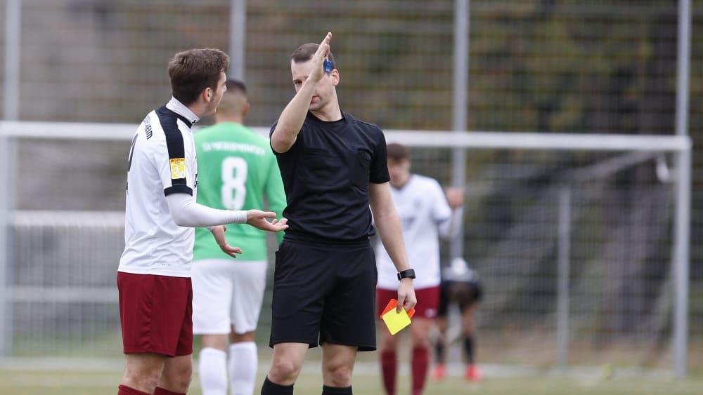 Bekommen Hessens Fußballplätze bald weniger Gelb-Rote Karten zu sehen?