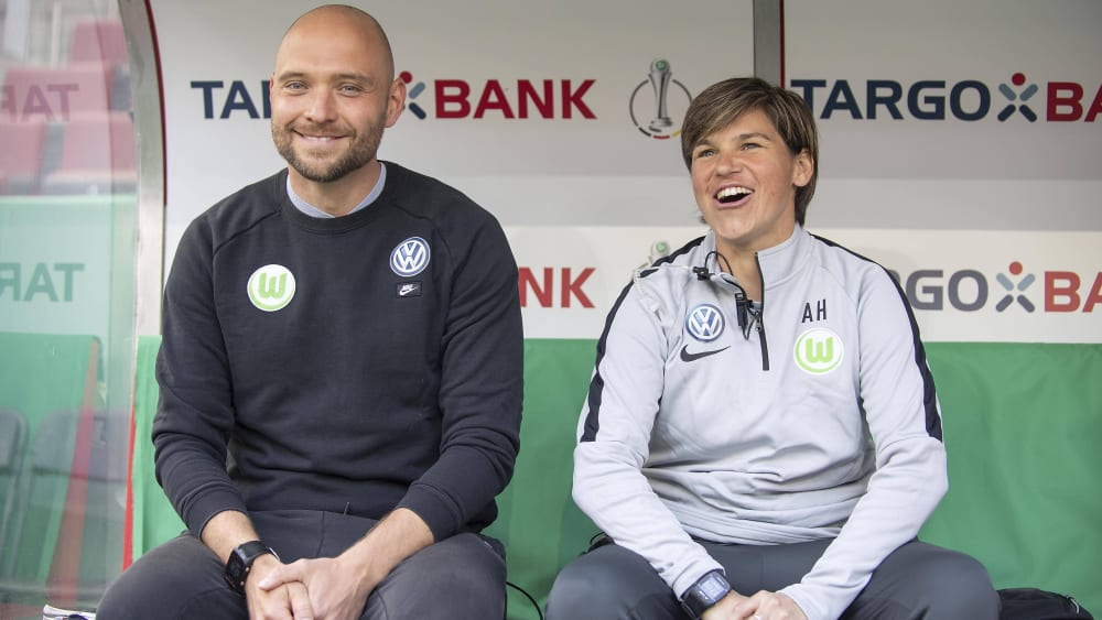 Assistenztrainerin Ariane Hingst bleibt in Wolfsburg