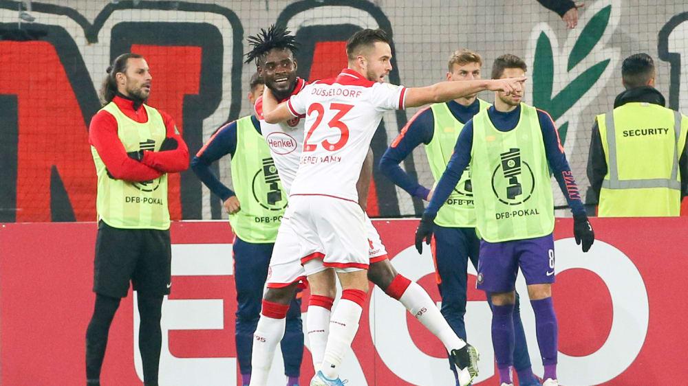 Adams mit dem Siegtor für Düsseldorf gegen Aue
