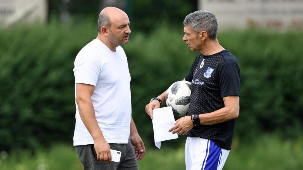 Märchenschreiber? Altglienickes Sportchef Daniel Böhm (li.) und Trainer Karsten Heine.