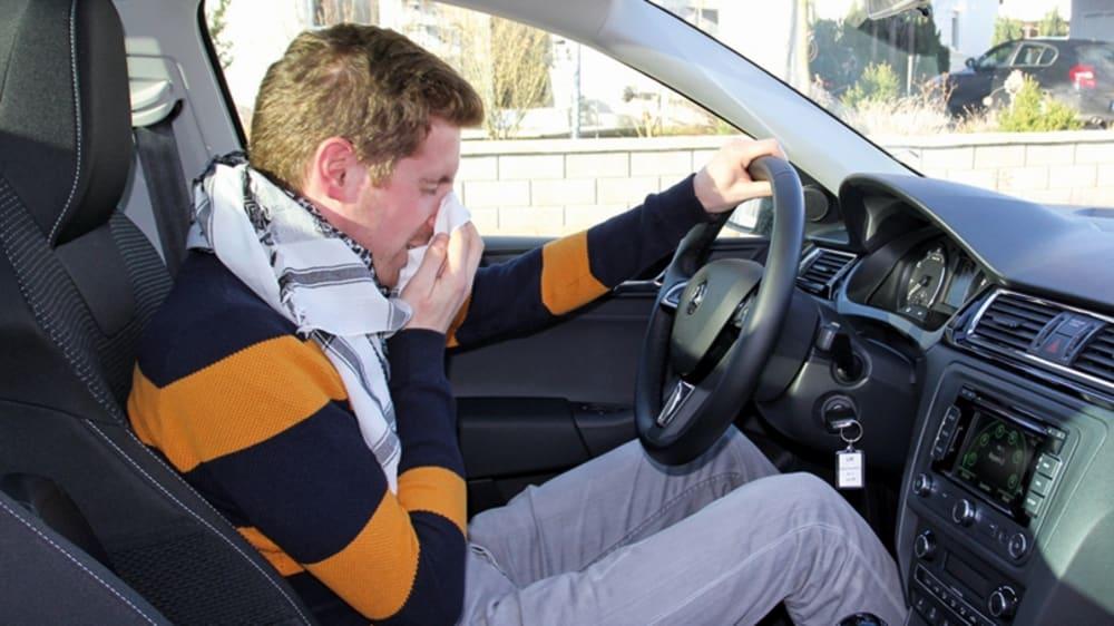 Kranker Autofahrer
