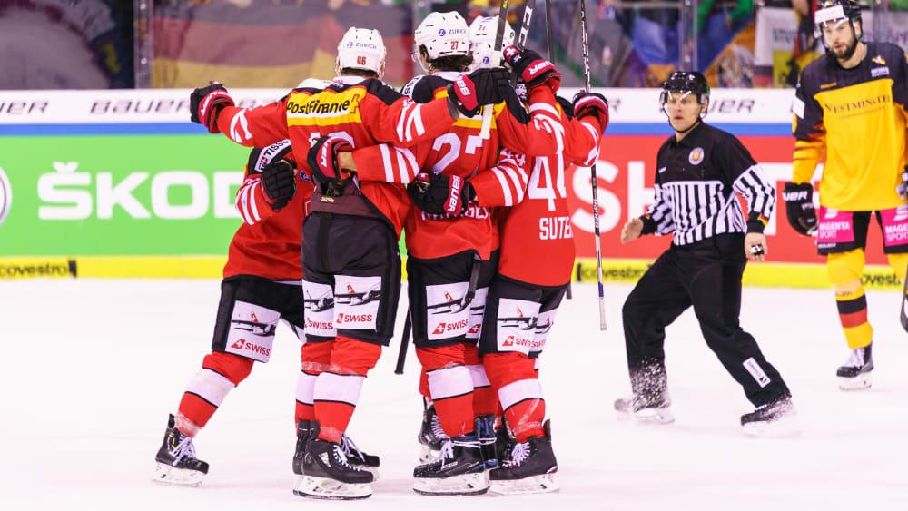 In der Overtime jubelte die Schweiz mit 4:3 gegen Deutschland