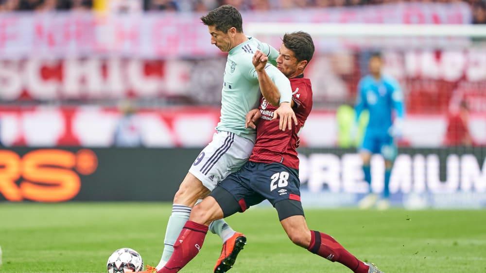 Robert Lewandowski gegen Lukas Mühl