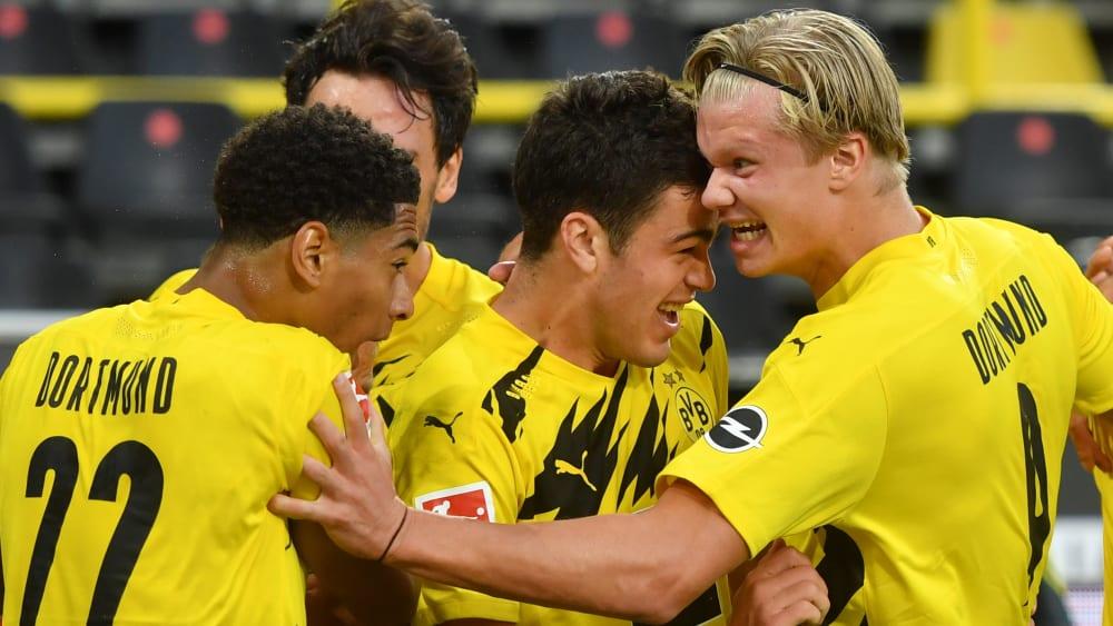 Dortmund siegt im Borussen-Duell - Freiburg gewinnt Krimi...