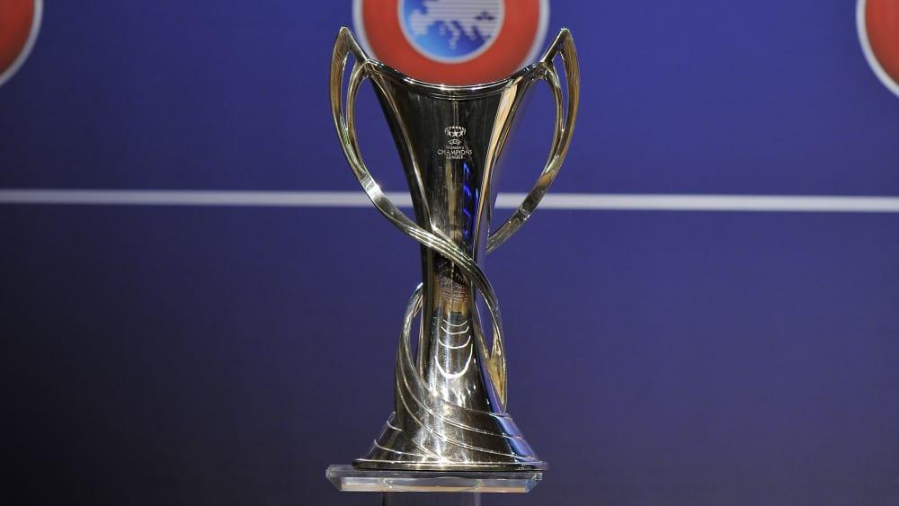 Champions-League-Trophäe