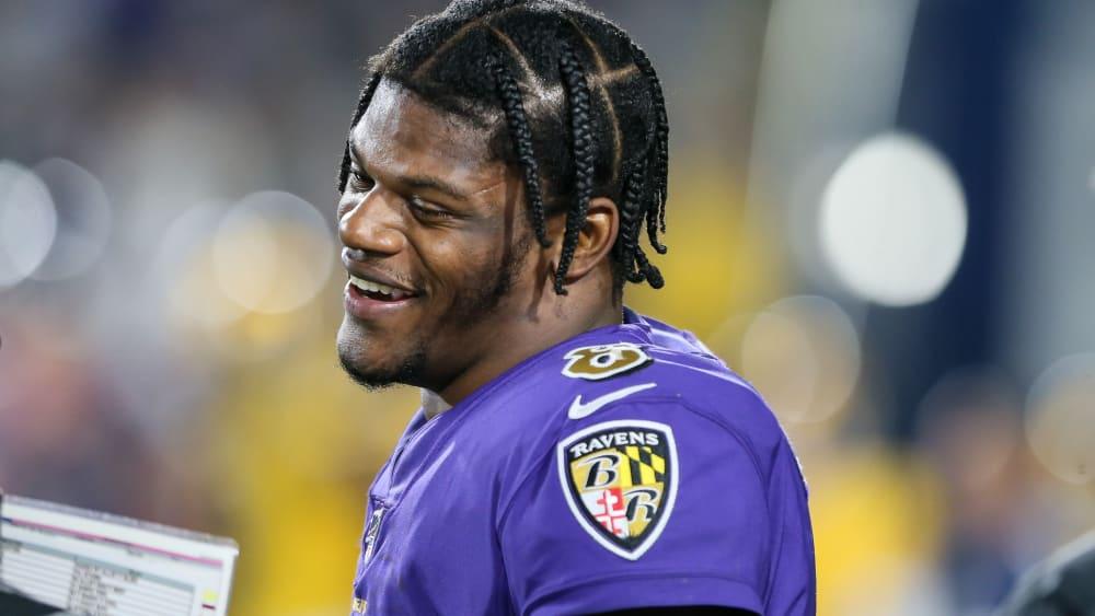 Lamar Jackson ist der Quarterback der Baltimore Ravens.